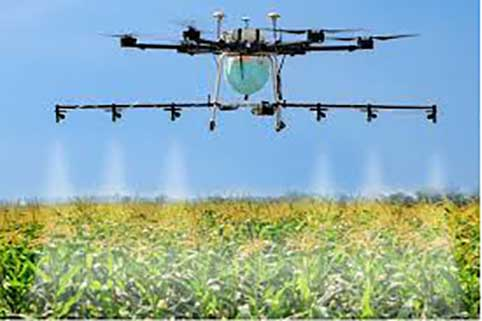 هر پهپاد روزانه ۱۰ هکتار از اراضی کشاورزی را سمپاشی میکند