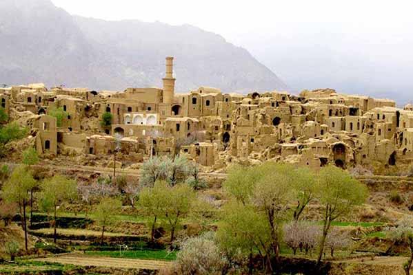 تبدیل روستاهای سیستان و بلوچستان به شهر؛ فرصت یا تهدید