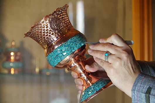 زیبایی ایرانی در قالب فیروزه کوبی؛ از تاریخچه تا کاربرد