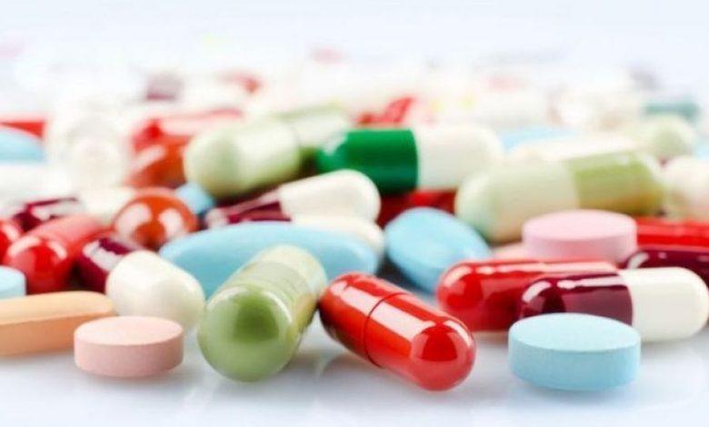 کمبود دارو، واکسن و تجهیزات مدیریت را سخت کرده است